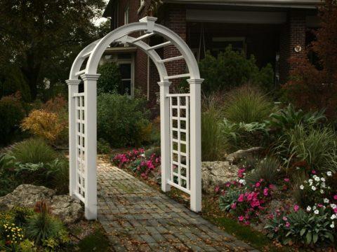 Арочные конструкции в саду
